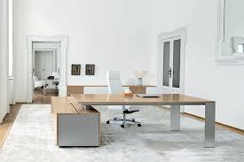 bureau de direction avec retour bureau de direction design ono en bois de la marque frezza