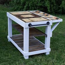 diy farmhouse kitchen island table made of repurposed pallet