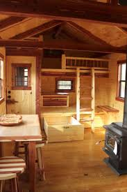 Interior Of Log Homes by Best 25 Small Cabin Interiors Ideas On Pinterest Small Cabin