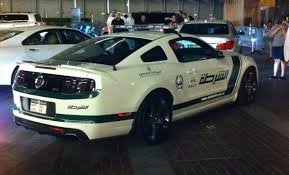 ford mustang dubai 1 6 million for a cop car dubai says sure 24 pics ford