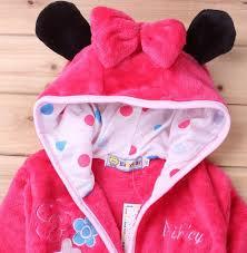 robe de chambre minnie peignoir sortie de bain minnie mouse le monde de bébé