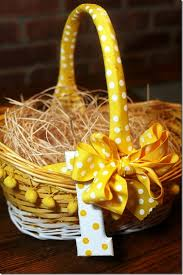 Easter Decorations With Candy by 260 Best Easter Baskets Images On Pinterest Easter Crafts