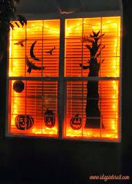 spooky halloween window scene i dig pinterest