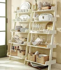 standregal küche wohnideen leiterregal und dekoartikel wandregale küche glas