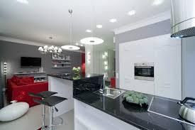 wei e k che graue arbeitsplatte kuche schwarz weisse fliesen möbel ideen und home design inspiration