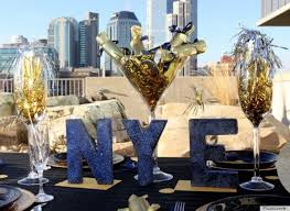 New Years Decorations Party City by New Year U0027s Eve Decorations That Will Make Your Party Sparkle