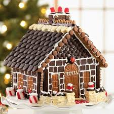 pictures of decorated gingerbread houses gingerbread house and
