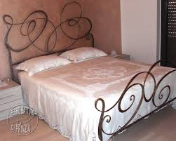 Rod Iron Canopy Bed by Wrought Iron Beds Double Bed In Wrought Iron Iron Nightstands