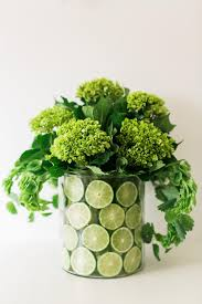 How To Design Flowers In A Vase How To Make A Lemon Lime Or Orange Slice Centerpiece 10 Tips
