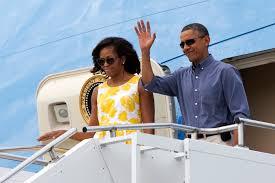Obama S Vacation America U0027s First Lady Michelle Obama Steps Aboard Alongside Her