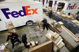 fedex delivery thanksgiving fedex ups and postal service scramble to cope with holidays sfgate