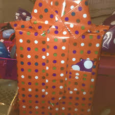 Gift Wrapping How To - 37 best giftwrapping ideas images on pinterest gift wrapping