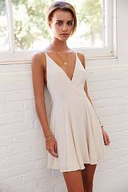 white summer dresses 25 beautiful dresses for graduation season j adore a la mode