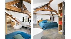 salle de bain dans chambre sous comble aménager ses combles créez une chambre et une salle de bains