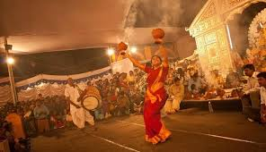 special 9 states 9 different ways to celebrate navratri