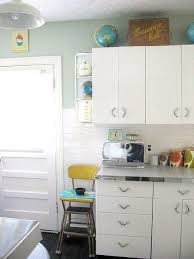 how to redo metal kitchen cabinets metal kitchen cabinet makeover page 5 line 17qq