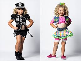 Toddlers And Tiaras Controversies Business Insider - would you let your daughter dress up like today s pop stars jaszy