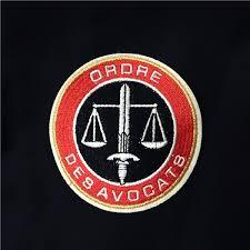 chambre des avocats ecusson brodé ordre des avocats le plaideur robes d avocats