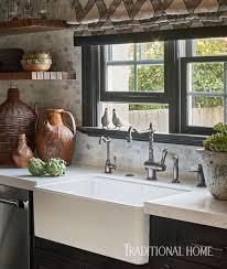The  Best Tudor Decor Ideas On Pinterest Tudor Homes Tudor - Tudor homes interior design