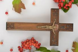 crosses home decor decorating wooden crosses ideas interior design for home