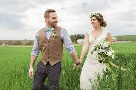 grooms wedding attire 11 stylish groom for a barn wedding mens wedding style