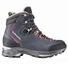 womens boots hiking lowa mauria gtx hiking boots s usoutdoor com