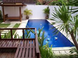 Small Pool Backyard Ideas by Backyard With Small Pool And Furniture Pool Ideas For Your Small