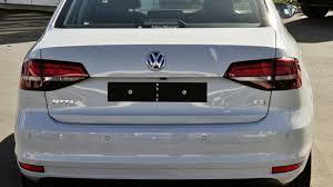 volkswagen jetta 2017 white 2017 volkswagen jetta 1b my17 118tsi dsg highline white silver 7