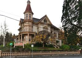these 14 houses in oregon have incredible pasts