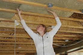 basement ceiling insulation vapor barrier