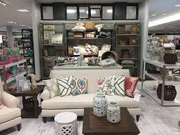 Dillards Home Decor by Dillard U0027s At The Mall At Green Hills Boasts Airy Feel Style Home