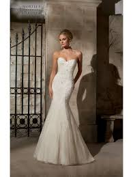 wedding dress for sale mori 2718 chantilly lace figure hugging gown cotswold frock shop