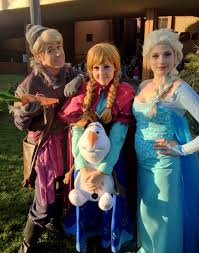 elsa halloween costume frozen a totally rad group of frozen cosplayers at ala kristoff