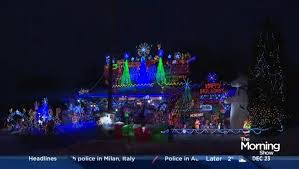 the great christmas light show canadians featured on the great christmas light fight watch news