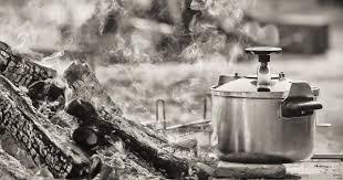 cuisine cocotte minute 10 recettes à faire à la cocotte minute pour gagner un temps fou en