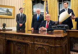 White House Oval Office Desk How Has Changed The Oval Office So Far Cbs News