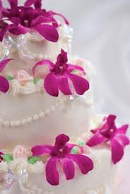 hawaiian wedding cake usually contains crushed pineapple but some