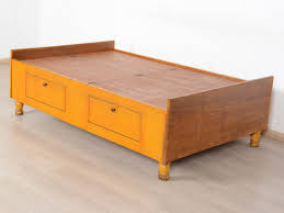 Sale Of Old Furniture In Bangalore Avice 6x4 Teak Diwan Storage Bed Buy And Sell Used Furniture And