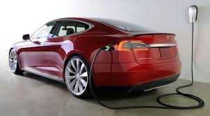 tesla report tesla is prepping larger 100kwh batteries for its model s