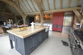cuisine avec plan de travail en bois pourquoi choisir une cuisine avec plan de travail bois plans de