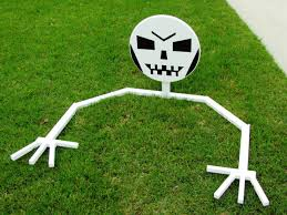 halloween decoration how to make a lawn skeleton how tos diy