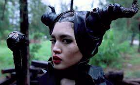 how to be maleficent for halloween diy horns dress u0026 makeup for