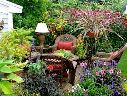 Beautiful Patio Gardens Beautiful Small Patio Gardens Home Design Ideas