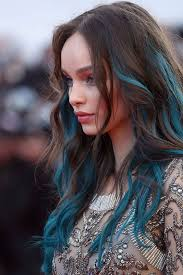 how to add colour chunks to hairstyles blue hair 30 brand new bangin blue hair color ideas part 17