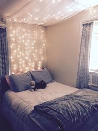 Bedrooms With Fairy Lights 20 Creative And Simple Diy Bedroom Canopy Ideas On A Budget
