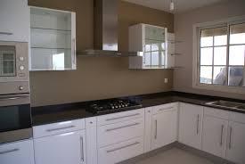 meuble de cuisine blanc quelle couleur pour les murs meuble cuisine couleur taupe excellent cuisine taupe suggestions