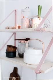 Kitchenette Pour Studio Ikea Customiser Une étagère Simple Ikea Avec Des Lanières De Cuir Roses