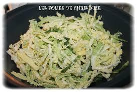 cuisiner le chou cuisiner chou vert frais salade d hiver au chou vert thermomix les