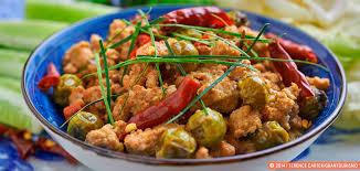 cuisine khmer an authentic khmer prahok ktis recipe