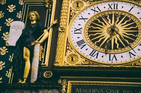Beautiful Clocks by 9 Incredibly Beautiful Clocks In Paris
